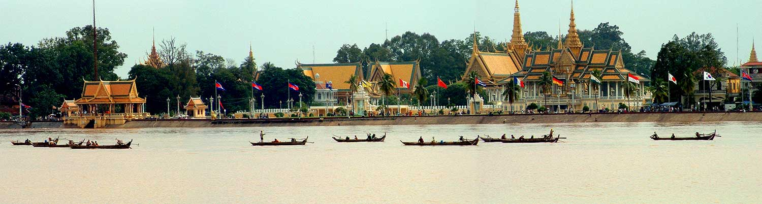 View of the Royal Palace in Phnom Penh across the river
