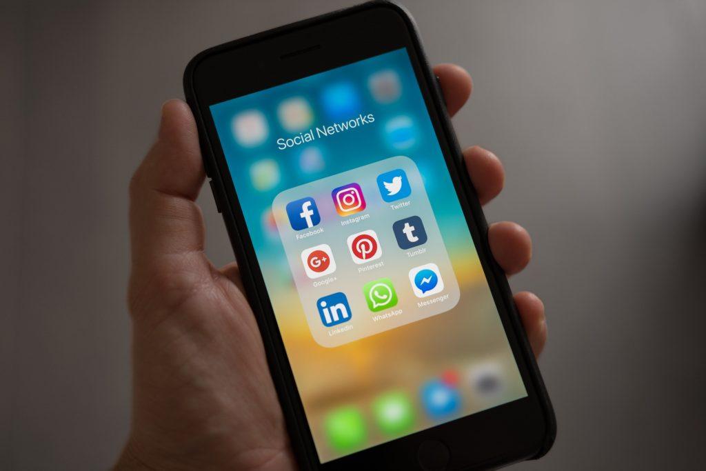 Social App for cellphones